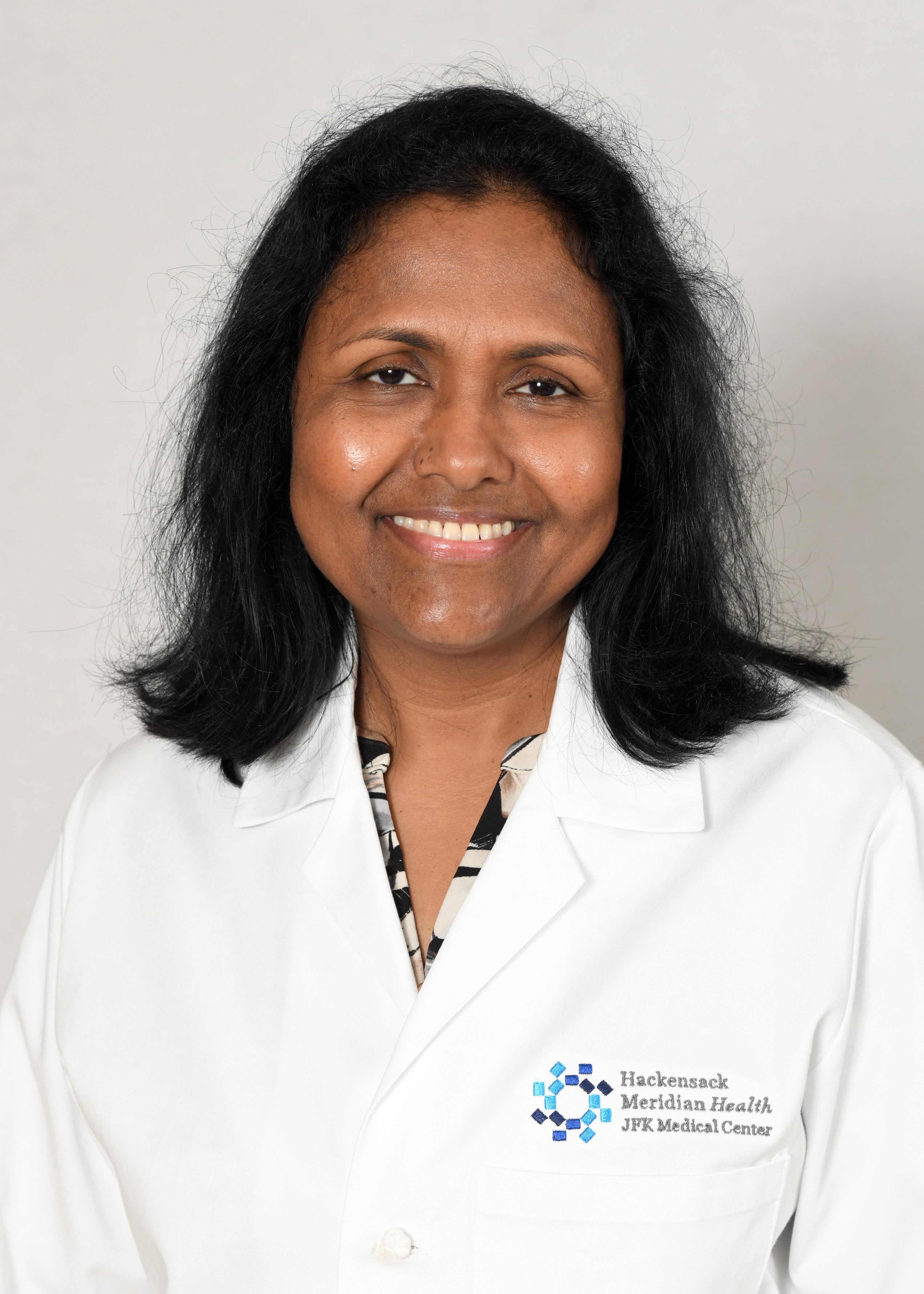 Image of Savitra Bandari, M.D.